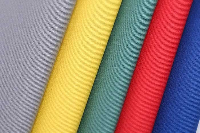 Sợi polyester may áo phông polo nam đẹp