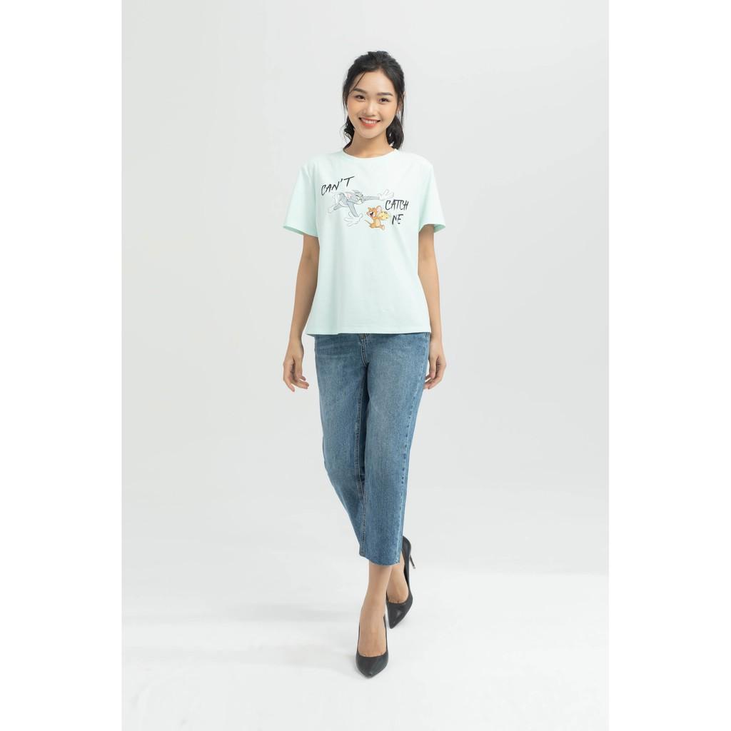 Mix đồ áo thun tay ngắn với quần jean